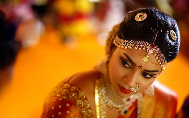 wedding makeup artist in virugambakkam